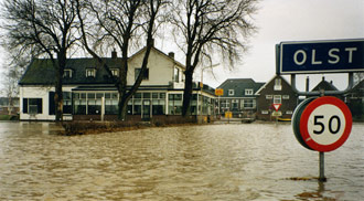 't Veerhuys Olst hoogwater 1993